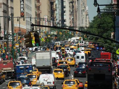unternehmerisches Handeln / Entrepreneurship: überlebenswichtig in der Stadt, die niemals schläft